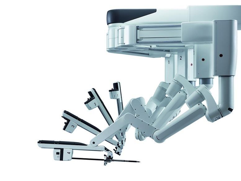 Klinikum Nürberg daVinci-Surgical System Xi mit steuerbarem Operationstisch.